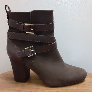 Louise et cie Seneca Brown Suede Leather Booties